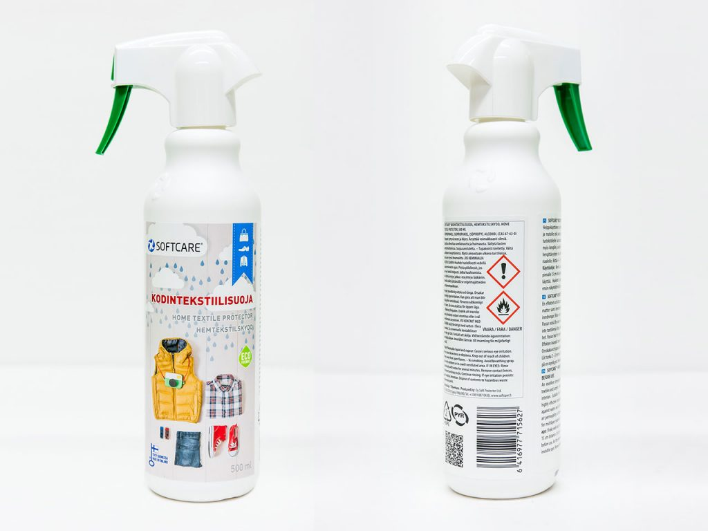 Cleaning spray with label